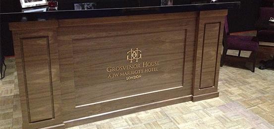 mobile_bar_hire_london_wooden_bar_transbar